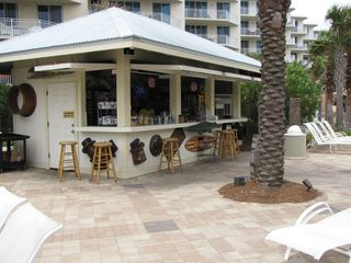 Fort Walton Beach condo photo - Fudpucker's poolside snack bar.