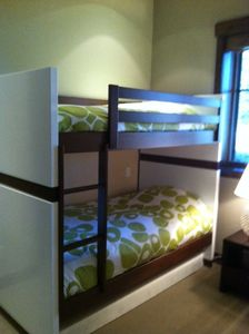 "The bunkbed room (4 beds total) has a 40"" 1080P HD LCD TV and full bath"