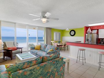 Okaloosa Island condo rental - Spacious, open living area with bright new paint