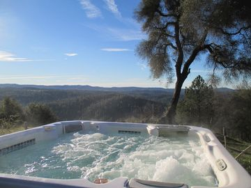Placerville house rental - Tub with a View!