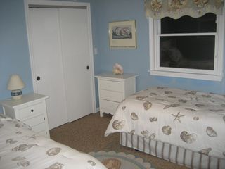 Surfside Nantucket house photo - Twin bedroom