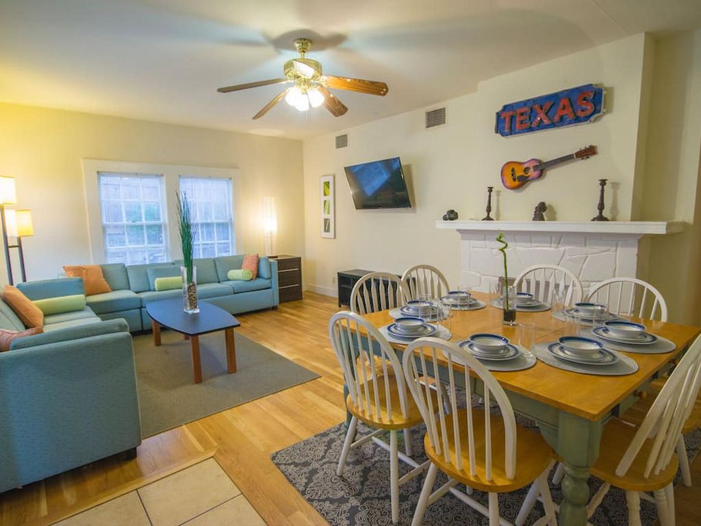 The Spacious Austin Retreat – Sleep Everyone / The Best Location!