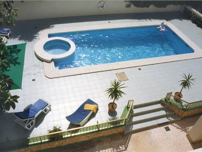 Villa Apartments with swimming pool, large deck & BBQ area