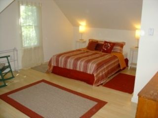 Brewster house photo - Another large queen bedroom with bright lighting & comfortable surroundings.