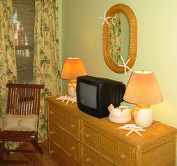 Harbor Island condo photo - Large chest of drawers supplements the guest bedroom closet for ample storage.