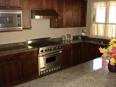 Gorgeous Kitchen with Granite Counter tops and Viking Appliances