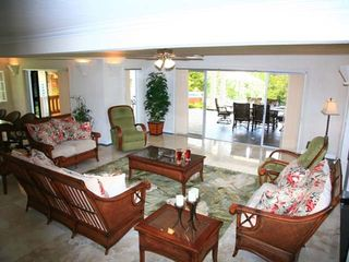 Marigot Bay villa photo - Relax in this beautifully furnished sitting area