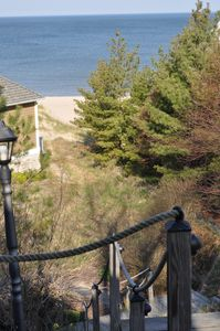 Walk down to Holland State Park