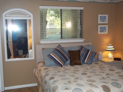 Folly Field villa rental - MASTER BED-REDONE 2012-NEW BLINDS,PAINT,ART TV/DVD- VERY SOOTHING