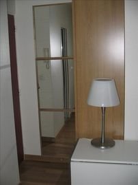 Quiet Studio Steps Away from Champs Elysees with A/C - Mirrored Hallway