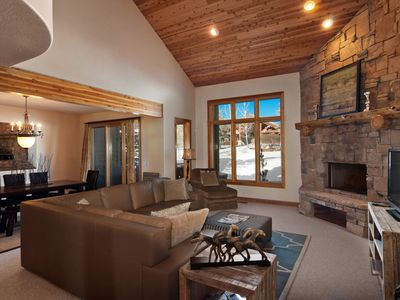 Wow!  3100 Sq Ft 4 BR 4 Bath Townhome with Private Hot Tub