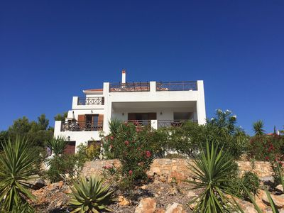PAGGIRI HOUSE ON ALONISSOS ISLAND. TRANQUIL SURROUNDINGS WITH SPECTACULAR VIEW