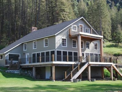 6000 sq ft lodge on 300' of waterfront on beautiful Palmer Lake in the Okanagan
