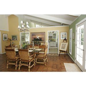Dining room with french doors to lanai