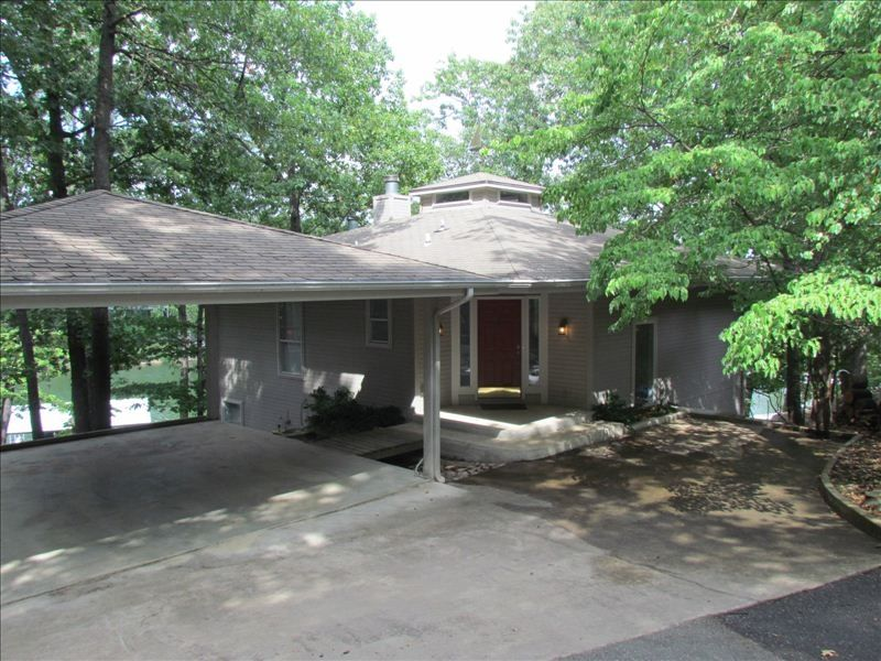 Charming 3 br waterfront house w dock in vrbo for Carport in front of house