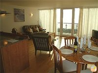 14 Celtic Shores - Modern apartment with stunning sea views