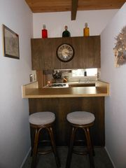 Lake Arrowhead house photo - Bar/desk