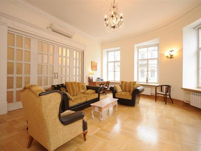 St Petersburg apartment rental - Sitting room with sliding door closed & air conditioner
