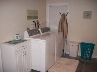 Romulus house photo - Laundry Area