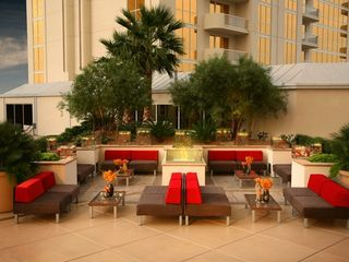 Las Vegas hotel photo - Outdoor Lounge Area