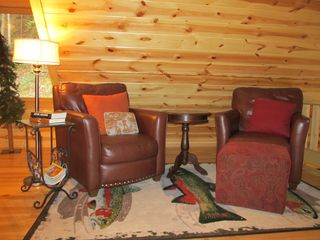 Ellijay cabin photo - Cozy Loft Area on the Upper level, Perfect spot to catch up on your reading!