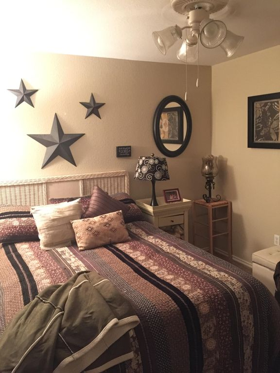 south austin chambre louer texas hill country abritel. Black Bedroom Furniture Sets. Home Design Ideas