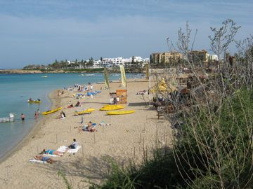 Nearby Fig Tree Bay - crystal clear sea