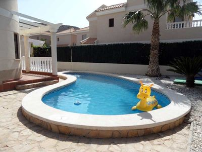 Large 3 Bedroom detached villa with pool, Airco, heating, off road parking