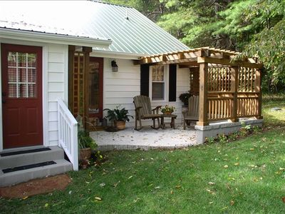 Small but private back patio to relax and watch the pooch romp!