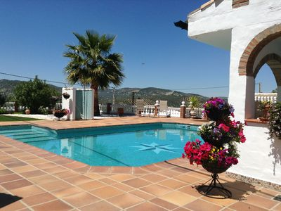 Luxury Andalucia country accommodation with large swimming pool