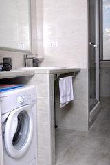 San Giovanni - Esquilino apartment photo - washing machine