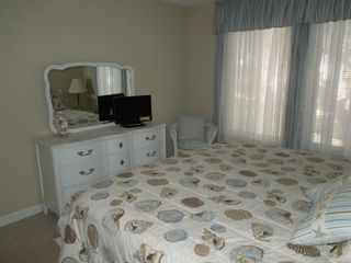 Port Royal villa photo - Relax in bed with new flat screen TV with built in DVD and cable service.