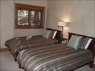 Beaver Creek house photo - Twin Beds in the Fifth Bedroom