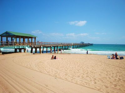 Take stroll on the world-famous Fort Lauderdale fishing pier.
