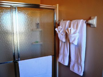 Full bathroom on the 2nd floor. Private access via Master Bedroom #2 (en-suite)
