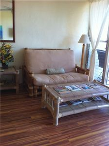 Serene Oceanview Condo in Paia 150 Yards  from Private Beach