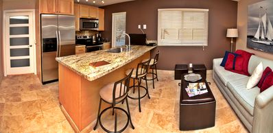 Pacific Beach condo rental - .