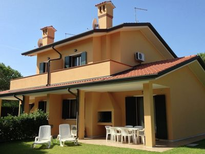 A luxury villa on a holiday island with many facilities. The island is 75 km from Venice.