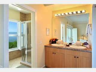 Key West condo photo - The Master Bathroom: a separate Water Closet for the shower
