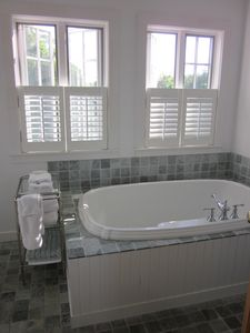Master Bathroom (full bath)