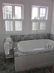 Edgartown cottage photo - Master Bathroom (full bath)