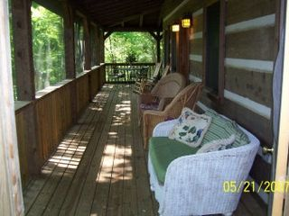 Black Mountain cabin photo - Wrap Around Screened Deck