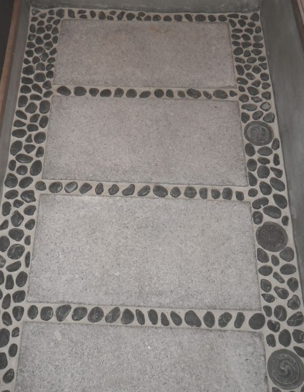 Ishidatami- stone floor entrance