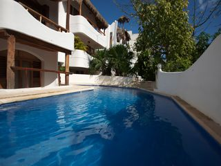 Playa del Carmen condo photo - community pool