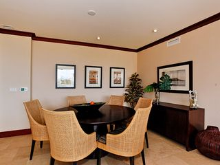 Ko Olina villa photo - Elegant Dining Area with seating for 6