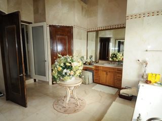 Nassau & Paradise Island house photo - master bath - beautiful!