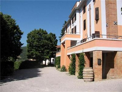 Apartment for 4 people, with swimming pool, in Lake Trasimeno