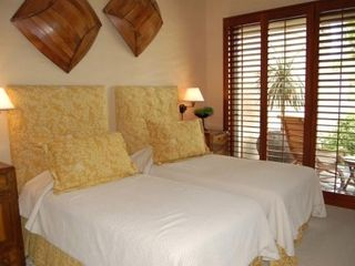 Four Seasons Hualalai villa photo - Guest Bedroom #1