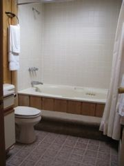 Mount Snow house photo - Jacuzzi bathroom