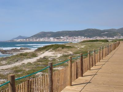 The walkway across the dunes to Âncora